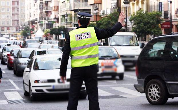 Bases para una plaza de Policía Local en el Ayuntamiento de Pechina