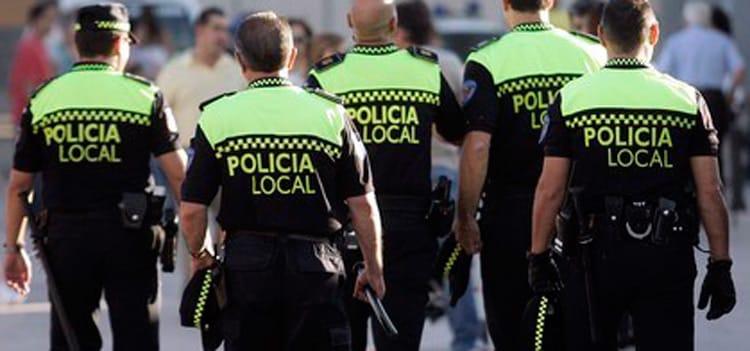 Convocadas 5 plazas por oposición libre de Policía Local en el Ayuntamiento de Carmona