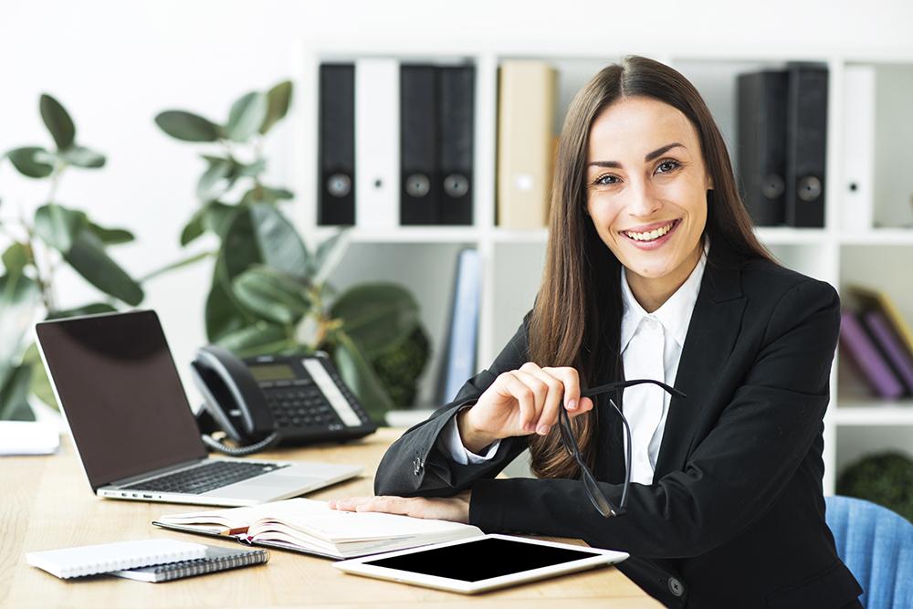 Abierto plazo para presentar solicitud a una plaza de Auxiliar Administrativo