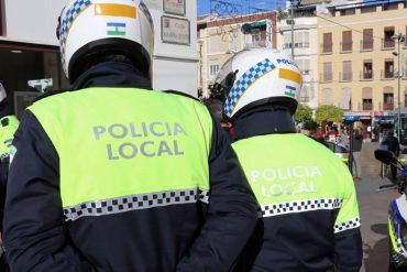 Bases y convocatoria para 17 plazas de Policía Local en Linares