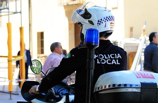 Tres plazas de Policía Local en el Ayuntamiento de La Carlota, Córdoba