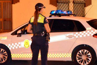 Anuncio en BOE sobre plazas a Policía Local en Moguer, Huelva